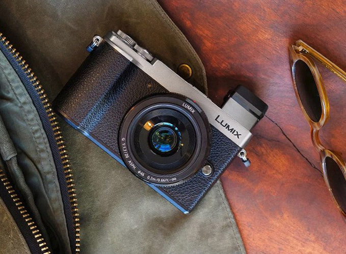 Panasonic Lumix DC-GX9 First Impressions Review